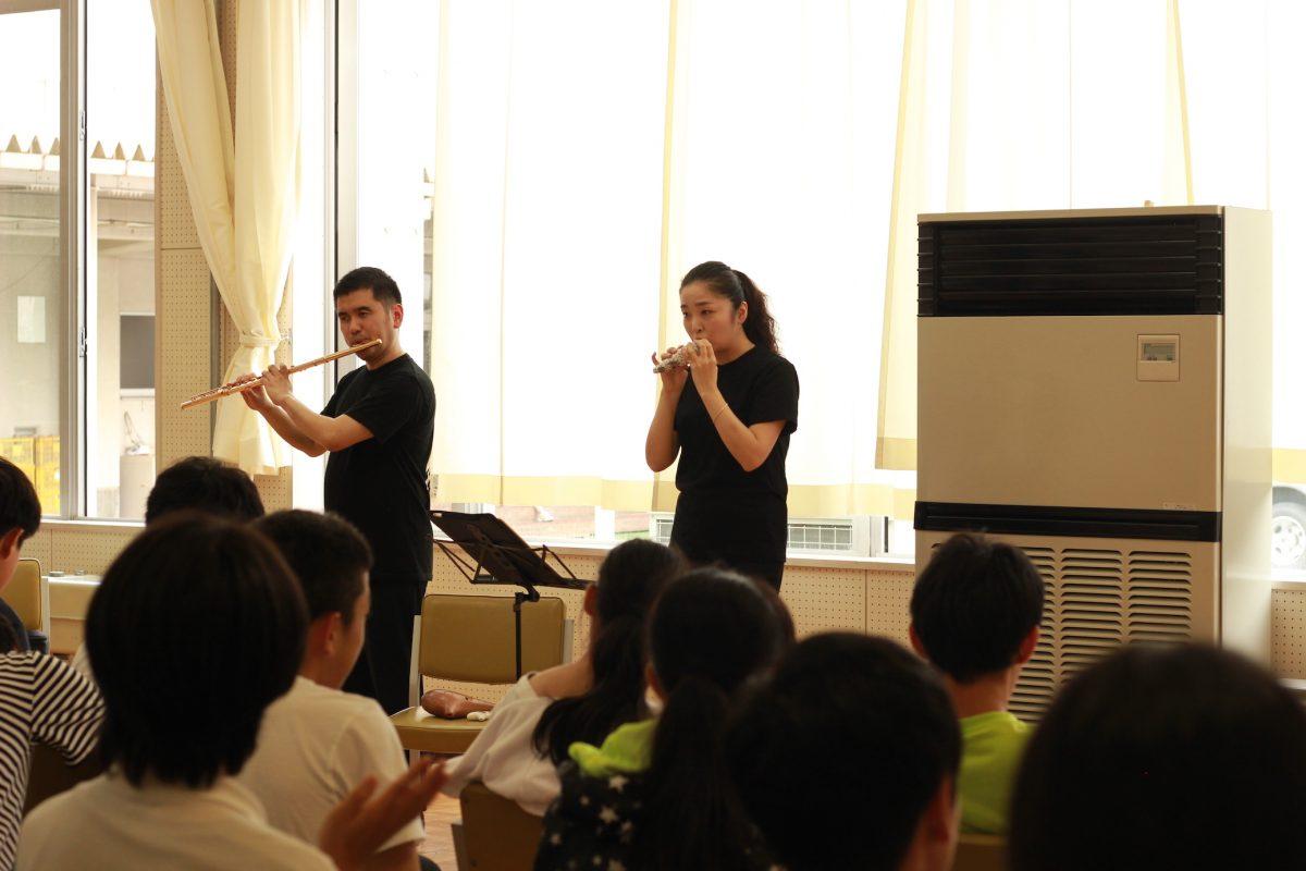 【音楽】君塚仁子&綱川泰典が出前事業にやってきた!〜長野養護学校すざか分教室