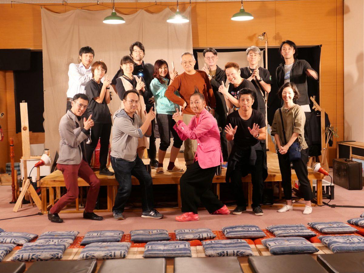 【演劇】佐久「子どものための施設に、この日は大人たちが集う」